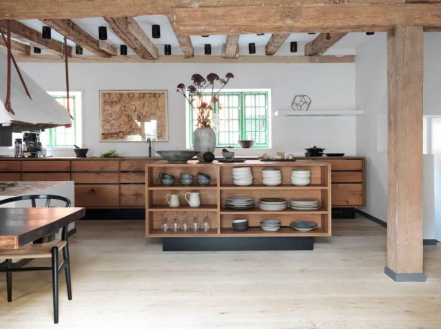 Shelves for dishes in the kitchen island