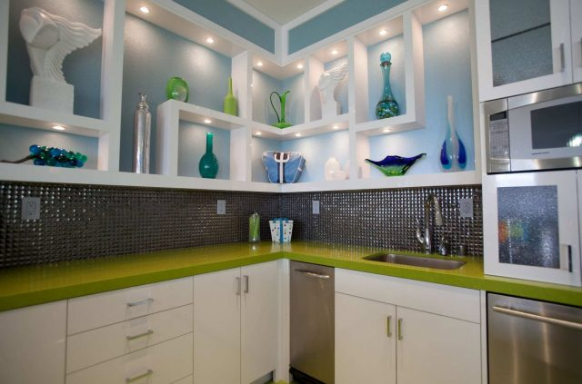 White kitchen shelves with lighting – Interesting ideas for interior design
